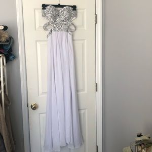 Dresses & Skirts - White prom/special occasion dress